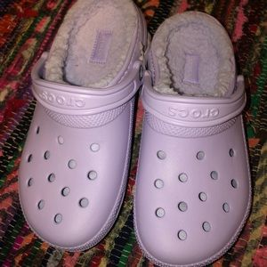 Lavender Classic Sherpa Lined Crocs